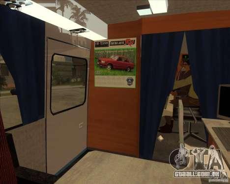 IKARUS 255 Tv para GTA San Andreas vista traseira