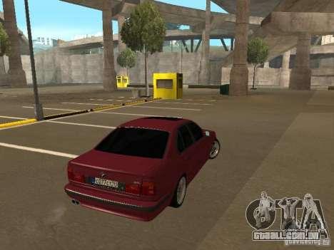 BMW E34 M5 para GTA San Andreas esquerda vista