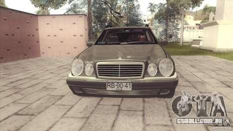 Mercedes-Benz E320 Funeral Hearse para GTA San Andreas traseira esquerda vista