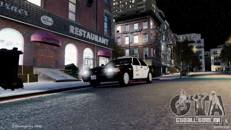 Ford Crown Victoria CVPI-K9 V6.9A-LAPD-ELS para GTA 4 vista lateral