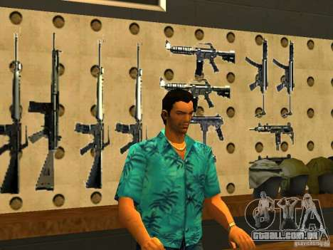 Tommy Vercetti no AMMU-NATION para GTA San Andreas
