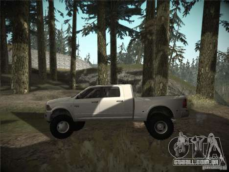 Dodge Ram 3500 4X4 para GTA San Andreas esquerda vista