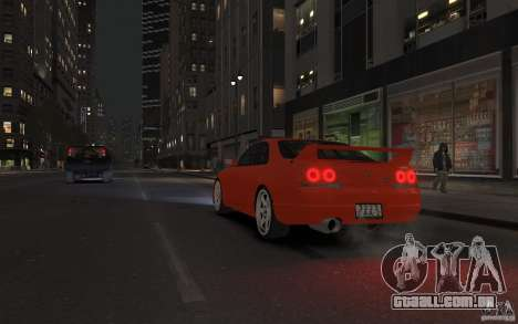 Nissan Skyline para GTA 4 vista interior