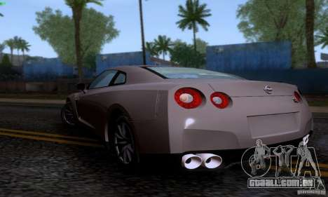 Nissan GTR R35 Tuneable para GTA San Andreas esquerda vista