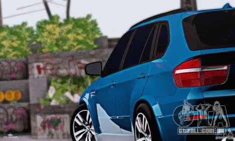 BMW X5M 2013 v1.0 para GTA San Andreas traseira esquerda vista