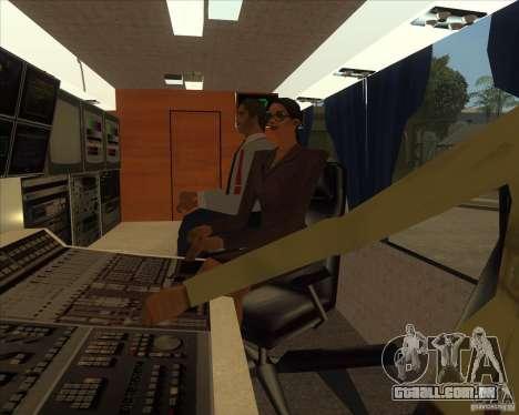 IKARUS 255 Tv para GTA San Andreas traseira esquerda vista