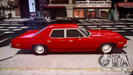 Dodge Monaco 1974 stok rims para GTA 4 vista interior