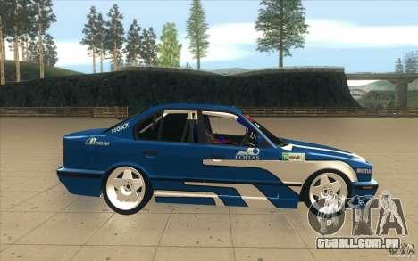 BMW E34 V8 para GTA San Andreas vista interior