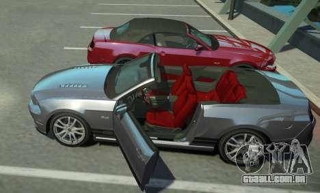Ford Mustang GT Convertible 2013 para GTA 4 vista de volta