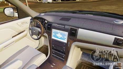 Cadillac Escalade 2007 v3.0 para GTA 4 vista interior