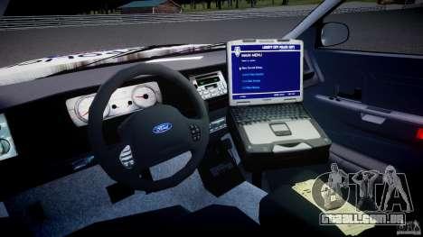 Ford Crown Victoria Karachi Traffic Police para GTA 4 vista direita