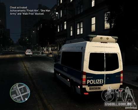 Mercedes Sprinter German Police para GTA 4 traseira esquerda vista