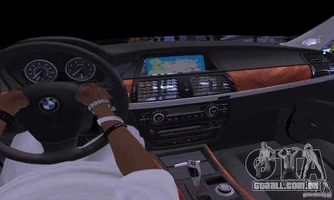 BMW X5M ouro para GTA San Andreas vista interior