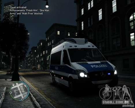 Mercedes Sprinter German Police para GTA 4 esquerda vista