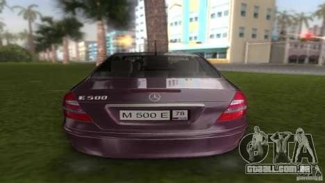 Mercedes E-class E500 para GTA Vice City vista direita