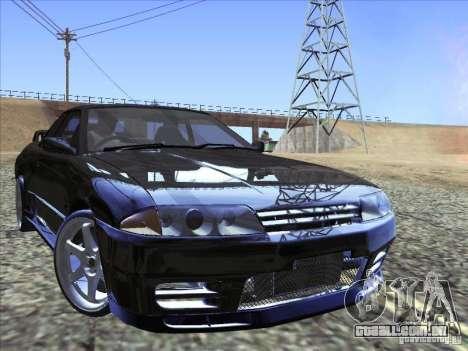 Nissan Skyline GT-R 32 1993 para vista lateral GTA San Andreas