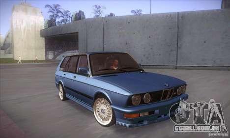 BMW E28 Touring para GTA San Andreas vista interior