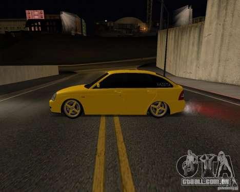 Lada Priora Hatchback para GTA San Andreas esquerda vista