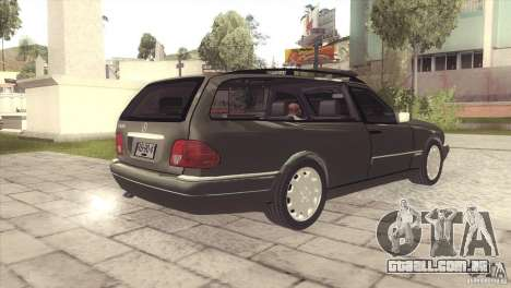 Mercedes-Benz E320 Funeral Hearse para GTA San Andreas vista direita