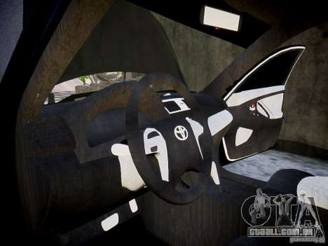 Toyota Camry para GTA 4 vista de volta