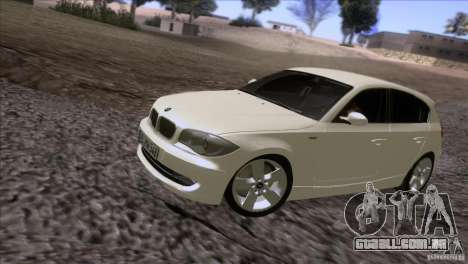 BMW 120i 2009 para GTA San Andreas esquerda vista