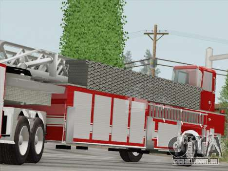 Pierce Arrow XT LAFD Tiller Ladder Trailer para GTA San Andreas vista interior
