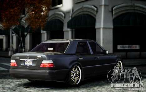 Mercedes Benz E500 para GTA 4 esquerda vista
