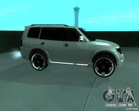 Mitsubishi Pajero STR I para GTA San Andreas esquerda vista