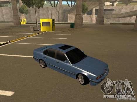 BMW E34 M5 para GTA San Andreas vista direita