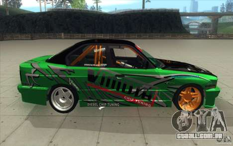 BMW E34 V8 Wide Body para GTA San Andreas vista interior