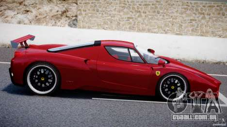 Ferrari Enzo para GTA 4 motor