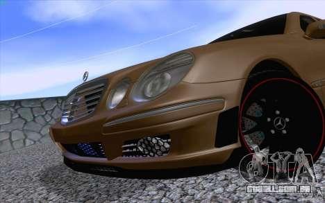 Mercedes-Benz E55 AMG para GTA San Andreas vista traseira