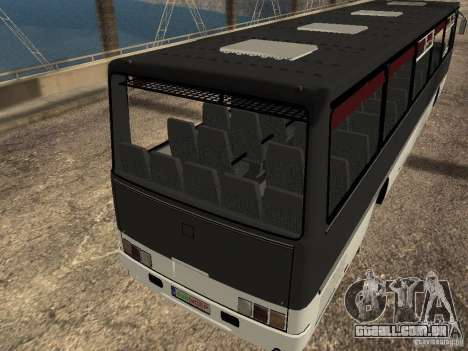 Ikarus Z50 para GTA San Andreas esquerda vista