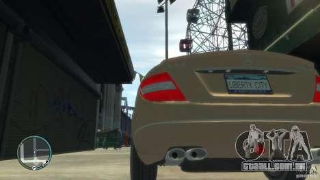 Mercedes-Benz C63 para GTA 4 vista de volta