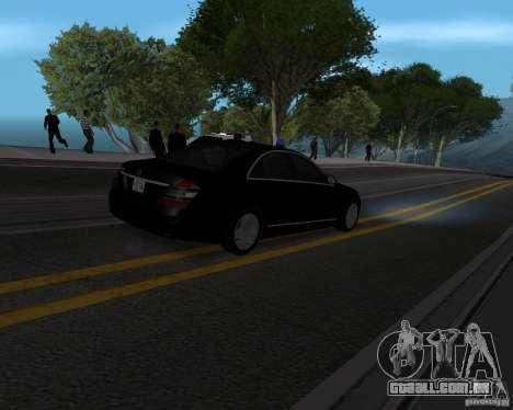 Mercedes Benz S500 w221 SE para GTA San Andreas esquerda vista