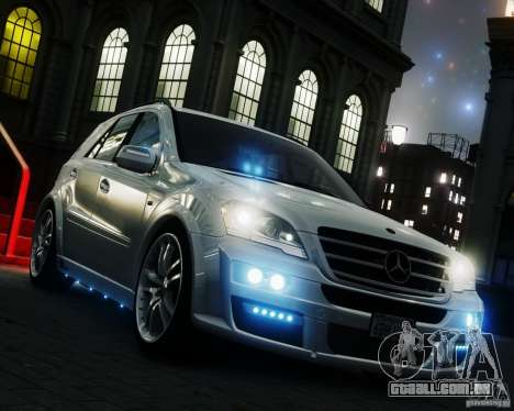 Mercedes-Benz ML Brabus 2009 para GTA 4 vista direita