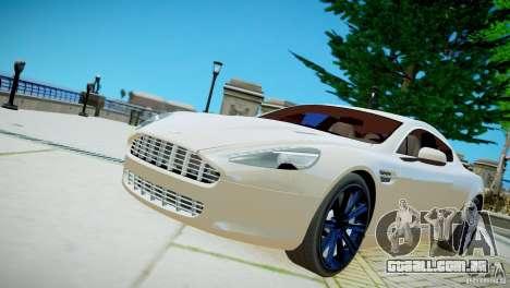 Aston Martin Rapide para GTA 4 vista direita