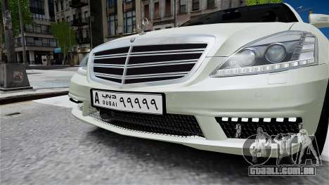 Mercedes-Benz S65 AMG LONG 2010 para GTA 4 vista direita