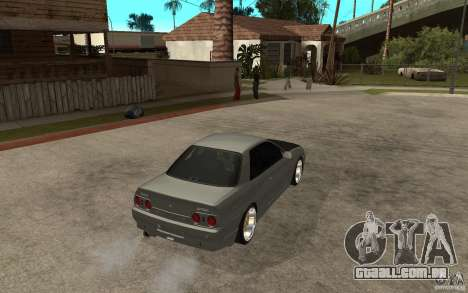 Nissan Skyline R32 - EMzone Edition para GTA San Andreas vista direita