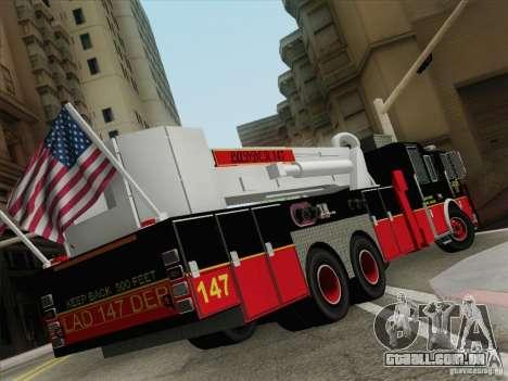 Seagrave Marauder II. SFFD Ladder 147 para GTA San Andreas traseira esquerda vista