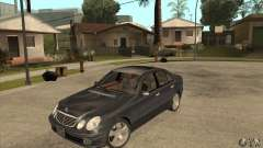 Mercedes-Benz E500 2003 para GTA San Andreas