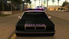 A vantagem do veículo da polícia