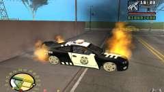 Carro em chamas no GTA 4
