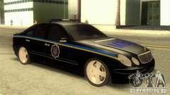 MERCEDES BENZ E500 w211 SE polícia Ucrânia para GTA San Andreas
