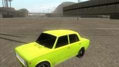 2101 VAZ versão tuning de carro