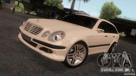 Mercedes-Benz E55 AMG para GTA San Andreas