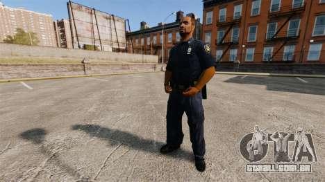 Um guarda-roupa atualizado para polícia para GTA 4