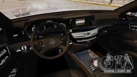 Mercedes-Benz S65 W221 AMG Stock v1.2 para GTA 4 vista lateral