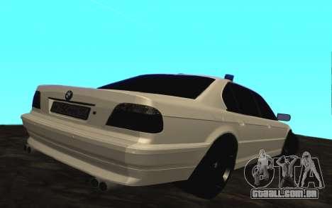 BMW 750iL E38 com luzes piscando para GTA San Andreas vista direita