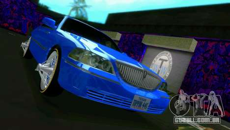 Lincoln Town Car Tuning para GTA Vice City vista traseira esquerda